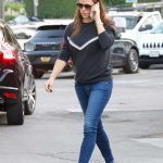 Jennifer Garner in a Blue Jeans
