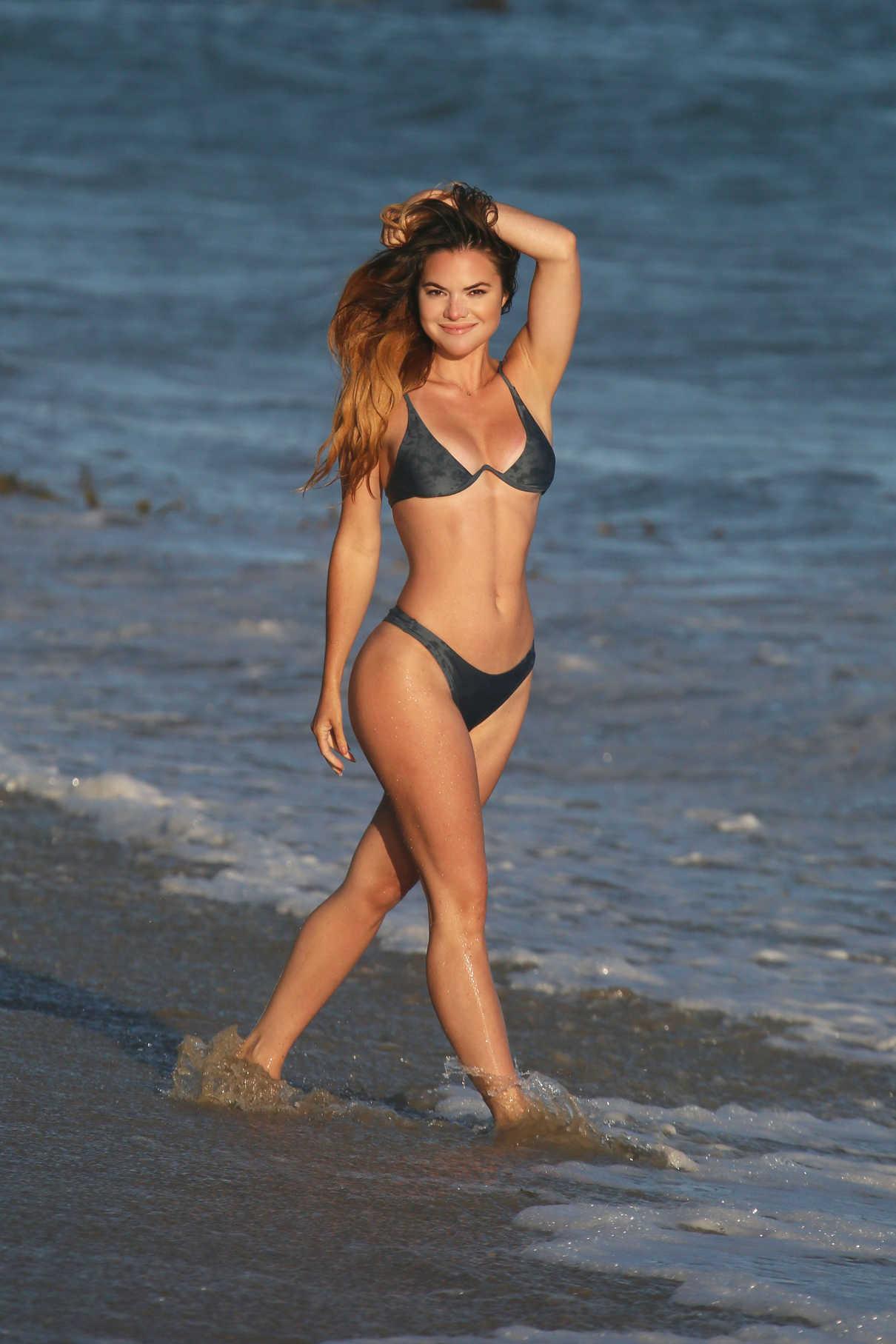 Kaili Thorne in Bikini