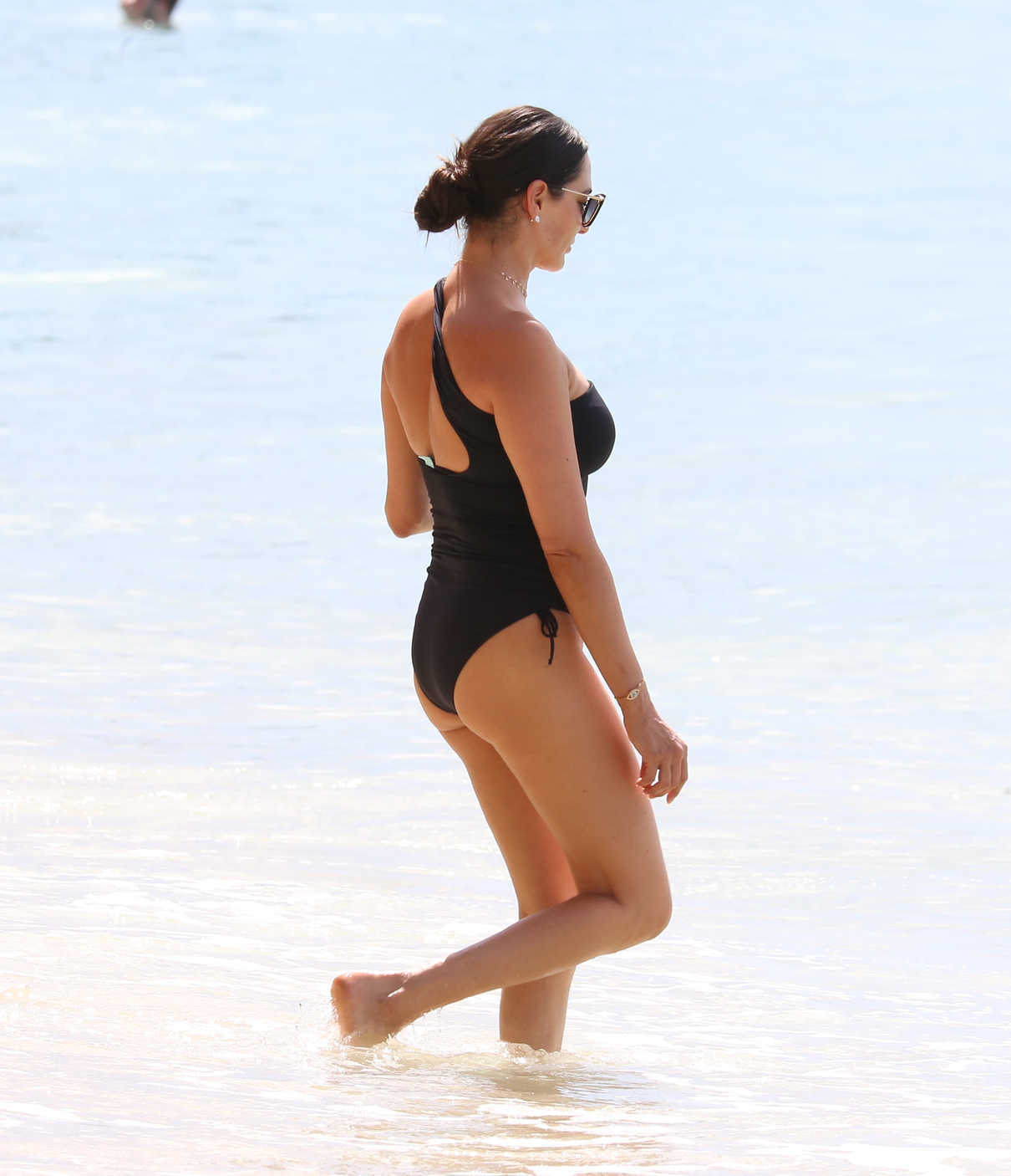 Hot Topless Marlyne Barrett  nude (13 photo), Instagram, underwear