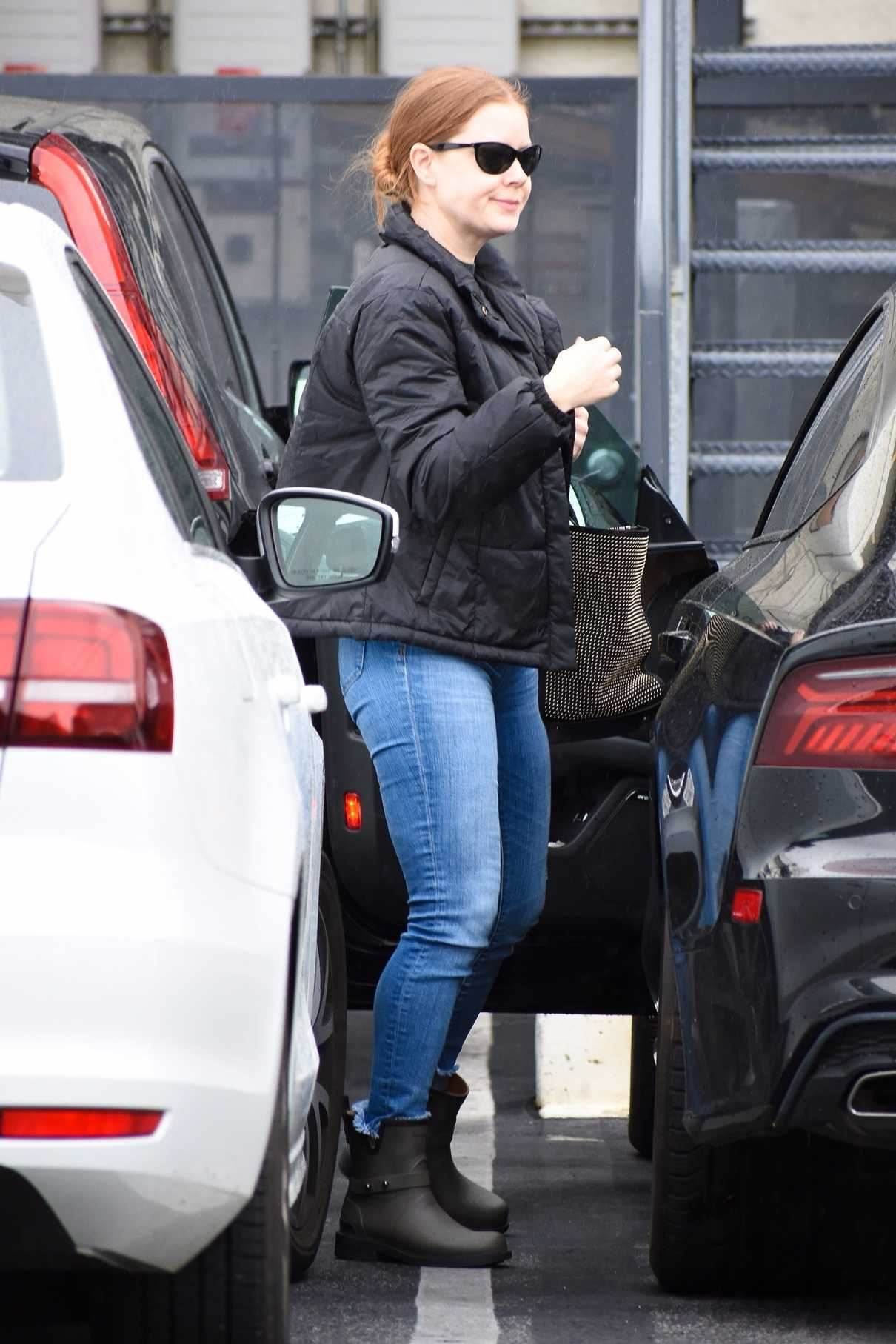 Amy Adams in a Blue Jeans