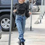 Hailey Baldwin in a Black Long Sleeves T-Shirt