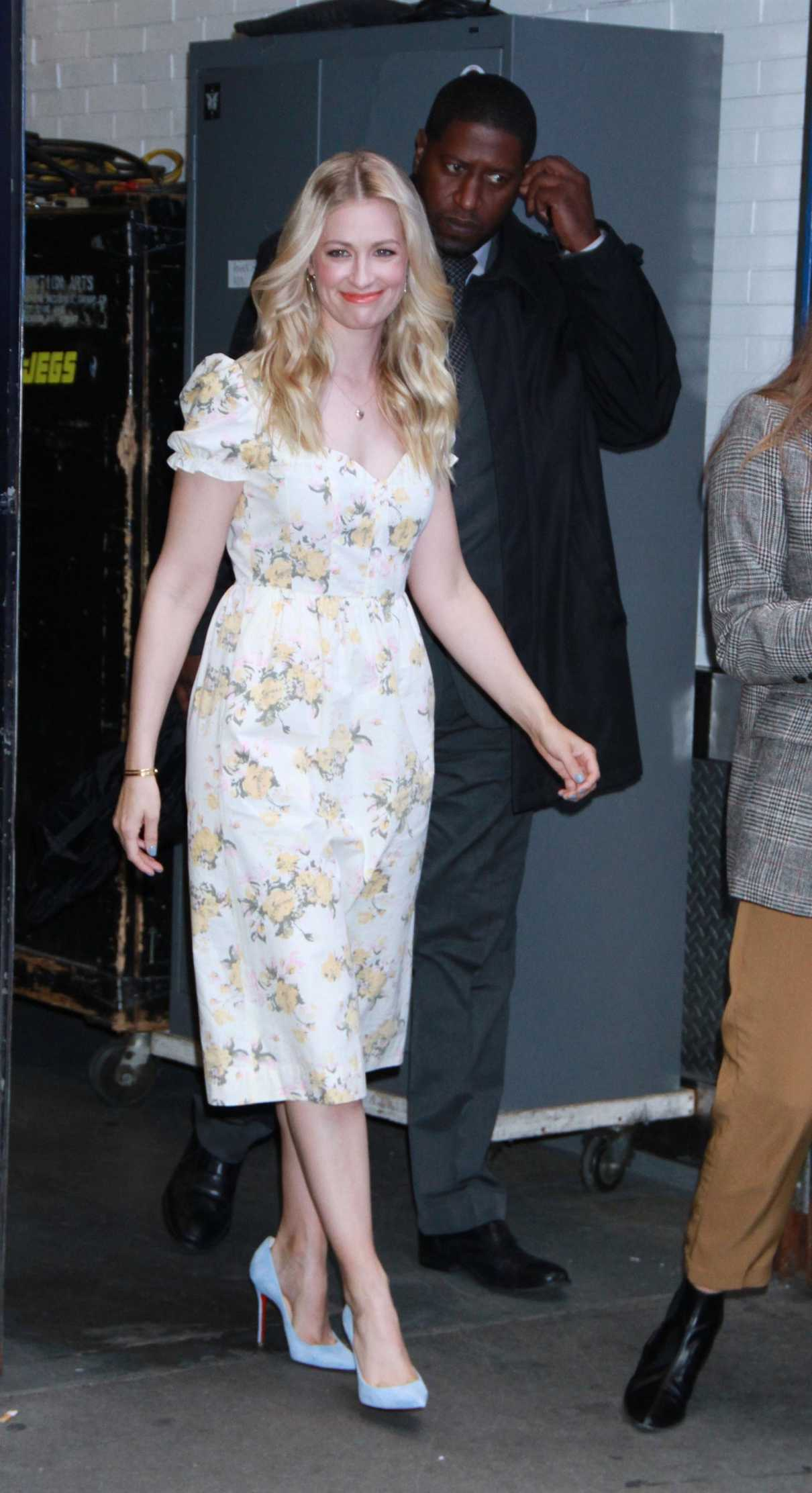 Beth Behrs in a White Floral Dress