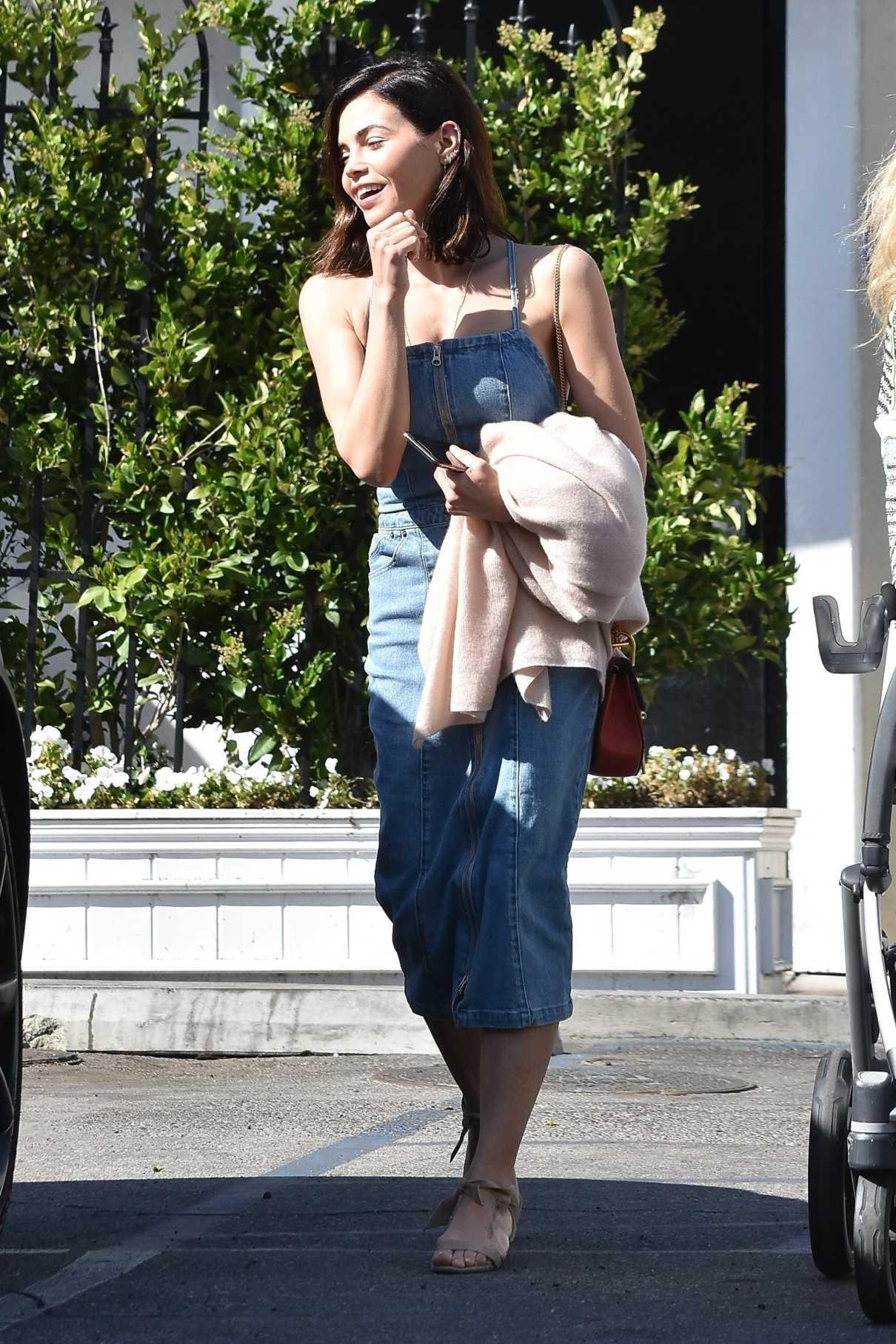 Jenna Dewan in a Blue Denim Sundress