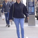 Jennifer Garner in a Blue Jeans