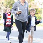 Jennifer Garner in a Gray Tracksuit