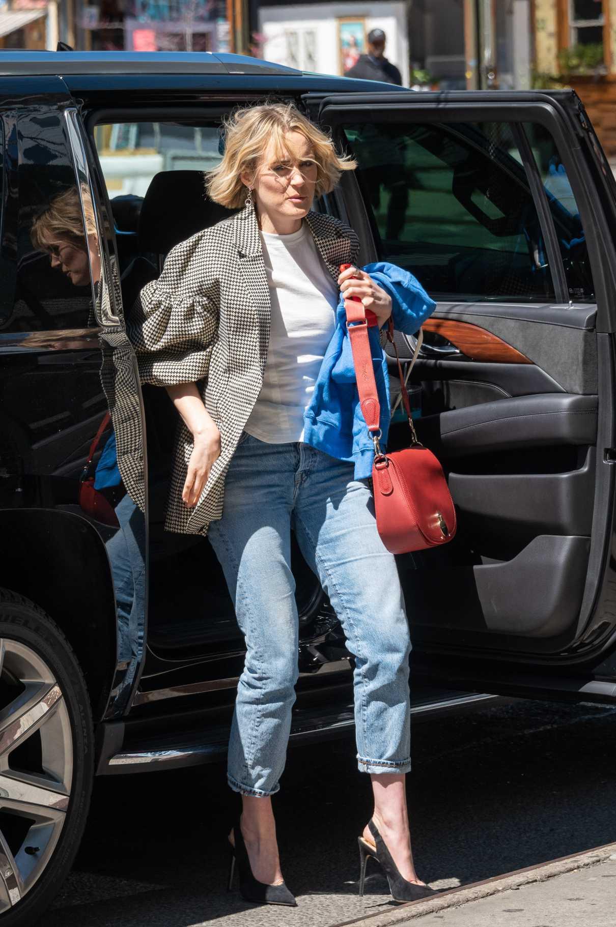 Taylor Schilling in a Gray Blazer