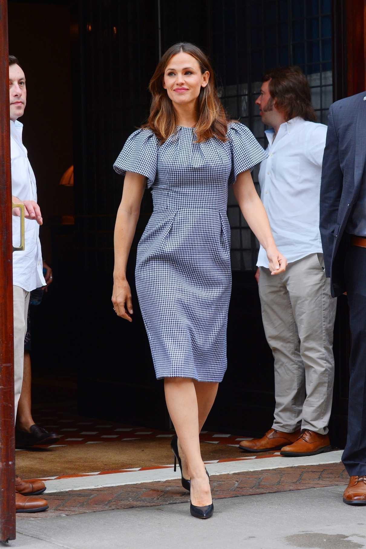Jennifer Garner in a Blue Dress