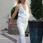 Kate Hudson in a White Jumpsuit