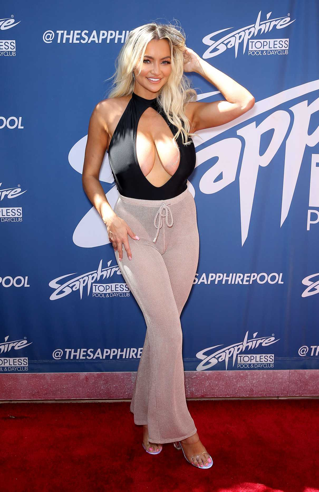 Lindsey Pelas Attends Sapphire Topless Pool and Day Club