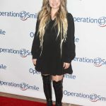 Avril Lavigne Attends Operation Smile Hosts Hollywood Fight Night in LA 11/06/2019
