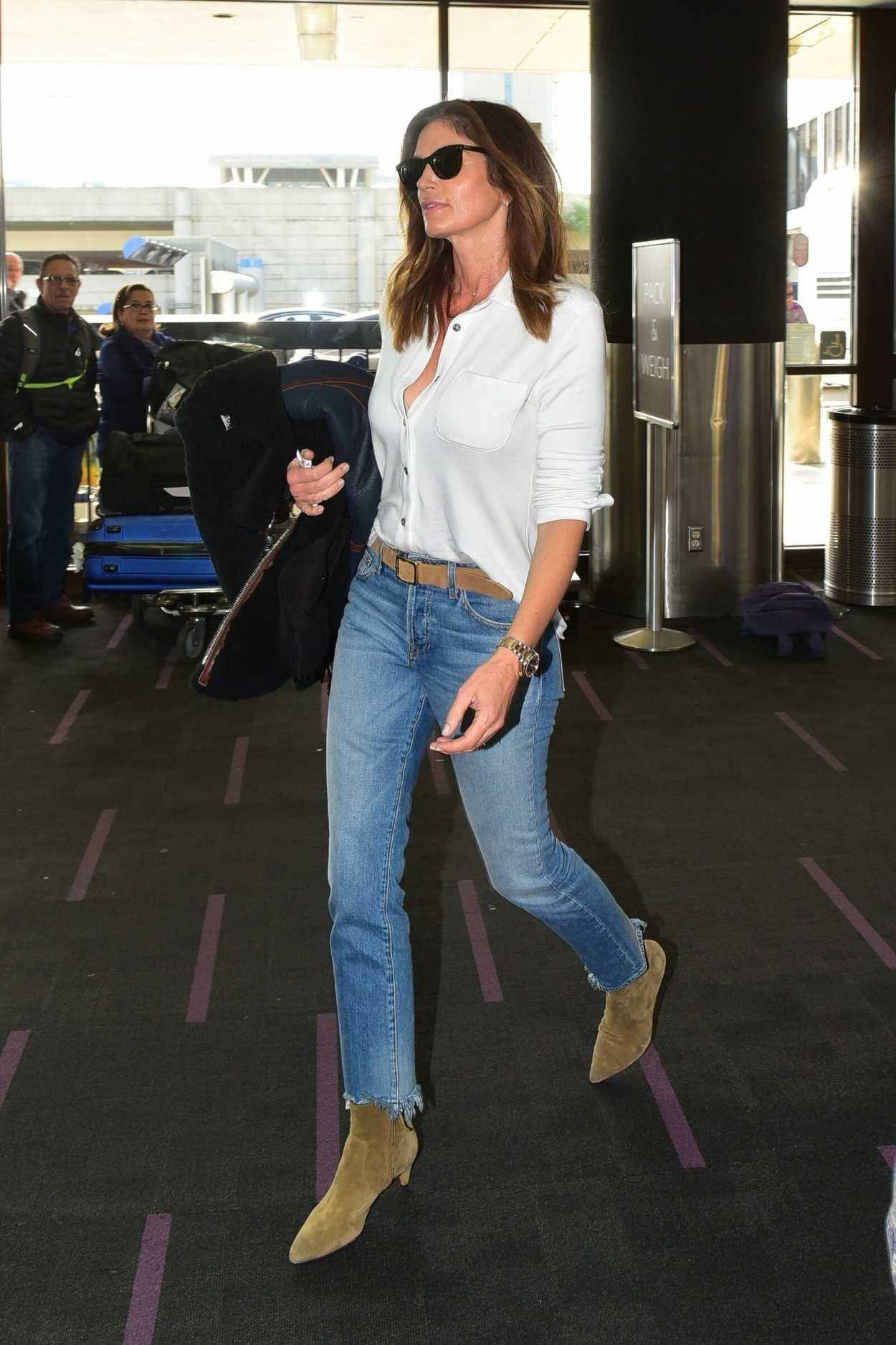 Cindy Crawford in a Blue Jeans