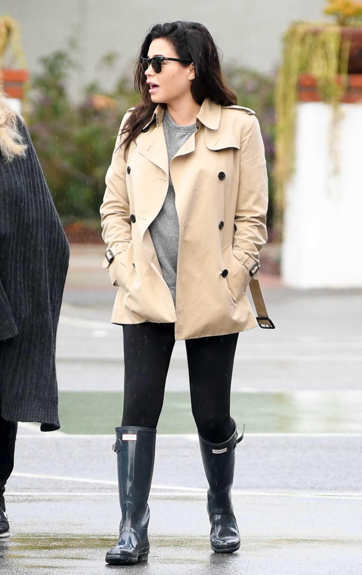 Jenna Dewan in a Beige Jacket