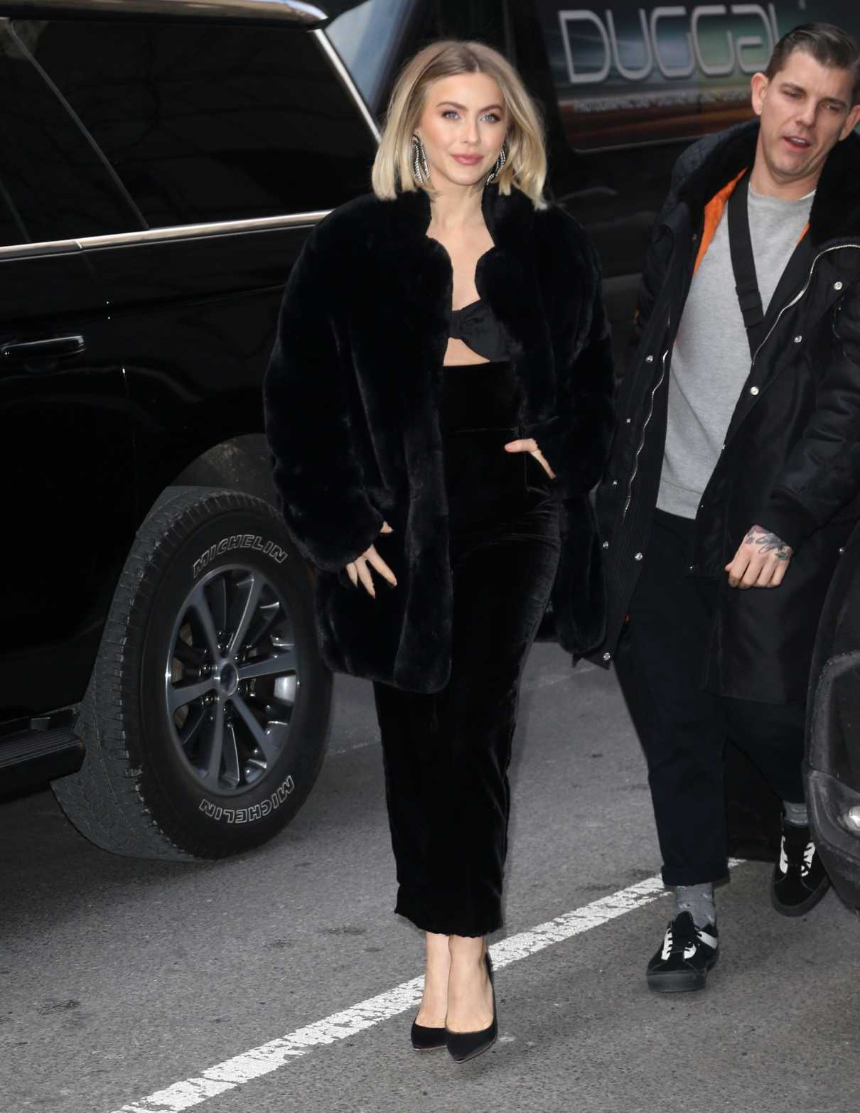 Julianne Hough in a Black Fur Coat