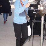 Natalie Portman in a Blue Sweatshirt Was Seen Out in Los Angeles 01/15/2020