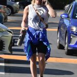 Hilary Duff in a Black Sneakers