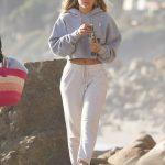 Sofia Richie in a White Sweatpants