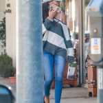 Sarah Hyland in a Blue Cap Was Seen Out in Beverly Hills 03/02/2020