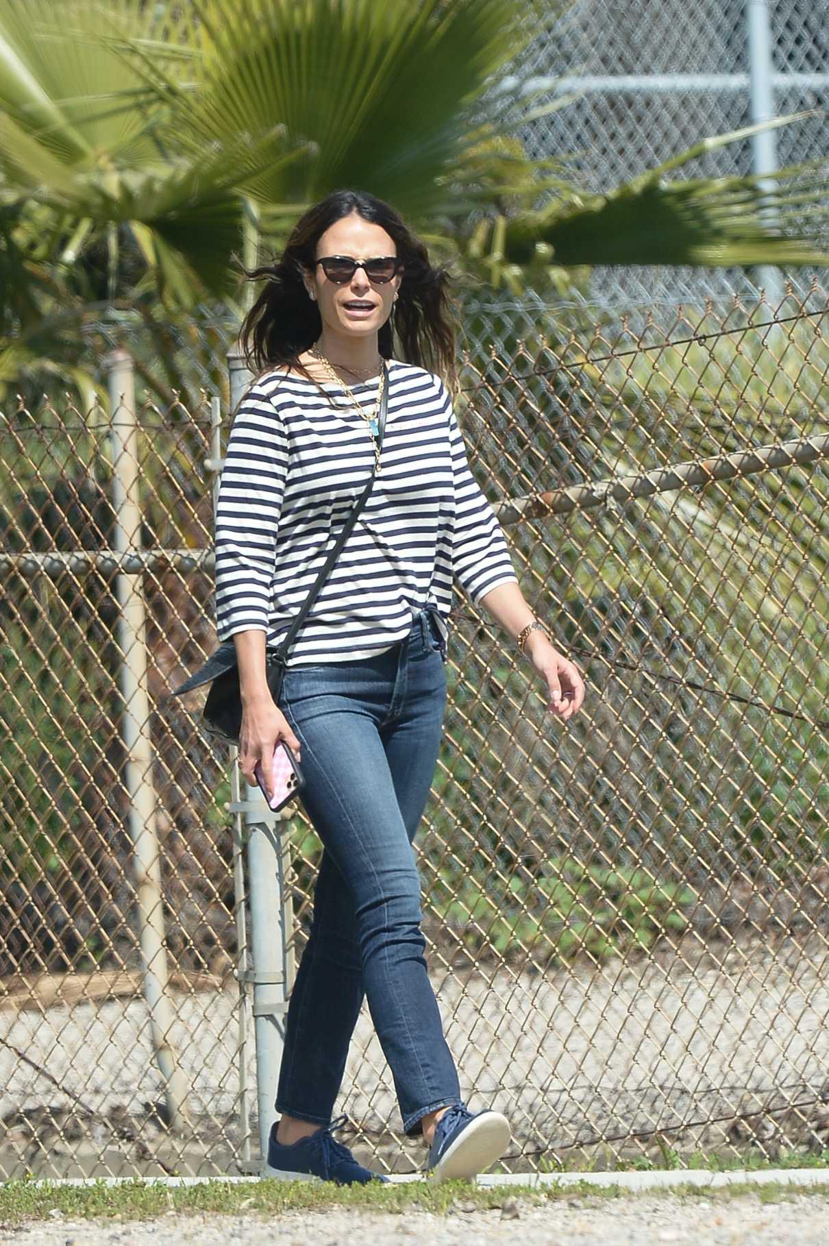 Jordana Brewster in a Striped Long Sleeves T-Shirt