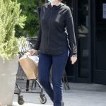 Jane Lynch in a Face Mask Was Seen Out in Los Angeles 05/01/2020