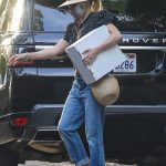Reese Witherspoon in a Straw Hat Leaves a Party in Pacific Palisades 05/06/2020