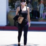 Lisa Rinna in a Black Tank Top Goes Shopping at Beverly Glen in Beverly Hills 06/09/2020