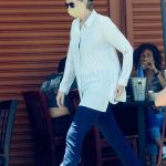 Jane Lynch in a Striped Shirt Enjoys Lunch with Her Friends in Hollywood 07/19/2020