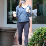 Jennifer Garner in a Black Leggings