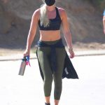 Lindsey Vonn in a Protective Mask Was Seen Hiking at Runyon Canyon in Los Angeles 07/08/2020