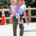 Hilary Duff in a White Tee Was Seen Out with Her Doughter in Los Angeles 07/31/2020