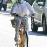 Jennifer Lopez in a White Hoody Does a Bike Ride Around the Hamptons, New York 08/01/2020