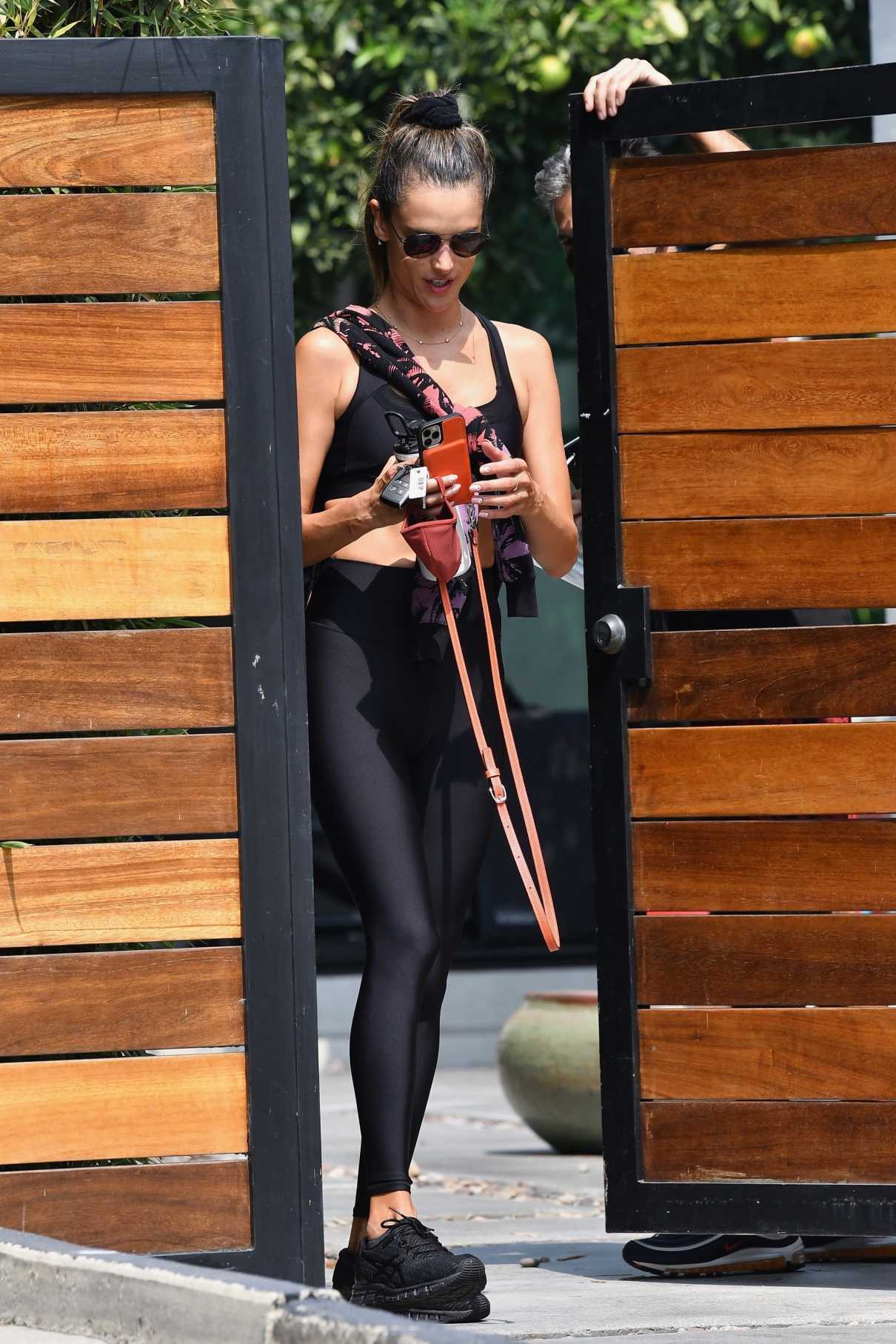 Alessandra Ambrosio in a Black Exercise Outfit