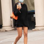 Emily Ratajkowski in a Black Sweater Was Seen Out in New York City 09/09/2020