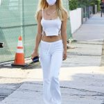 Alexis Ren in a White Top Arrives at the Moon Juice in Los Angeles 10/04/2020
