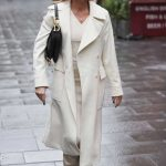 Amanda Holden in a White Coat Arrives at the Global Studios in London 10/08/2020
