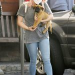 Ariel Winter in a Grey Tee Takes Her Puppy to Sherman Oaks Animal Hospital in Los Angeles 10/20/2020
