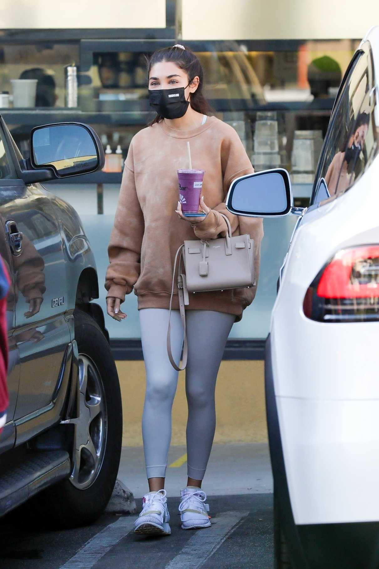 Chantel Jeffries in a Grey Leggings