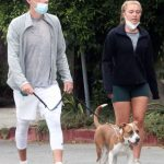 Florence Pugh in a Green Spandex Shorts Takes a Walk with Her Boyfriend Zach Braff in Los Angeles 10/23/2020