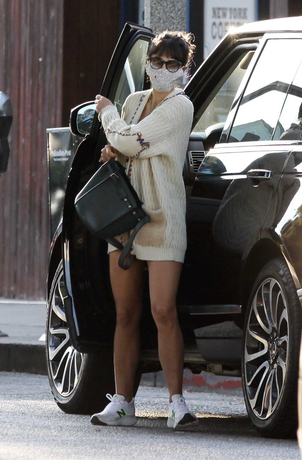Jordana Brewster in a White Cardigan