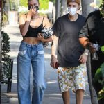 Justin Bieber in a Black Tee Was Seen Out with Hailey Bieber in Beverly Hills 10/06/2020
