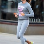 Kelly Bensimon in a Grey Exercise Outfit Went for a Jog in New York 10/11/2020