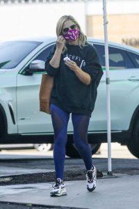 Sarah Michelle Gellar in a Black Sweatshirt