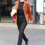 Scout Willis in a Burnt Orange Blazer Was Seen Out in Los Angeles 10/23/2020