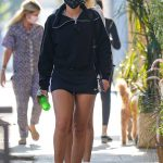 Sofia Richie in a Black Protective Mask Leaves Lunch with Friends at Croft Alley in Beverly Hills 10/20/2020