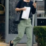 Courteney Cox in a Black Protective Mask Stops by Marmalade Cafe in Malibu 11/20/2020