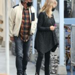 Goldie Hawn in a Black Protective Mask Was Seen Out with Her Husband Kurt Russell in Santa Monica 11/19/2020