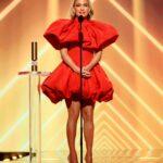 Jennifer Lopez Attends 2020 People's Choice Awards in Santa Monica 11/15/2020