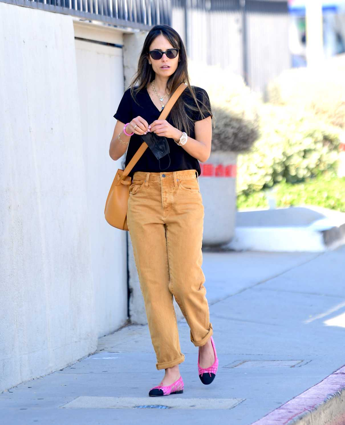 Jordana Brewster in a Yellow Pants