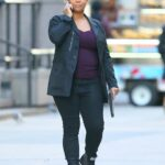 Queen Latifah in a Black Blazer Films a Scene for The Equalizer in New York 11/18/2020