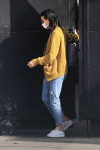 Demi Moore in a Yellow Cardigan