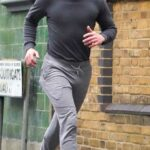 Kit Harington in a Grey Sweatpants Heads Out for a Jog in London 01/06/2021